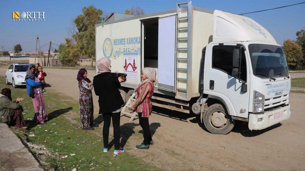 Die Mobile Klinik in Aktion (© North Press Agency)